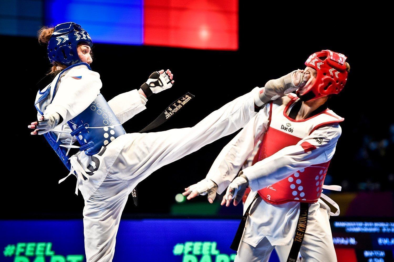 Atleti di Taekwondo in fase di combattimento